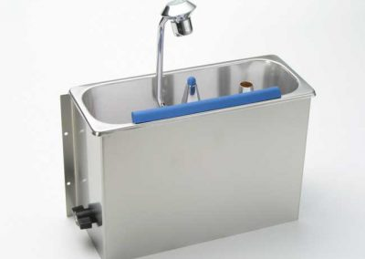 Wall Mounted Cleaning Sink – Model 55/16